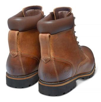 Именно такими остаются классические рыжие ботинки Тимберленд с герметичными  швами, антискользящим протектором и шнурками из нейлона. 250f2cf1265