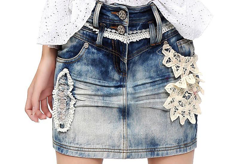 Джинсовые юбка с шитьем