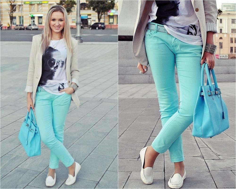 С чем носить синие женские брюки