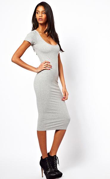 Платье длины миди облегающее платье
