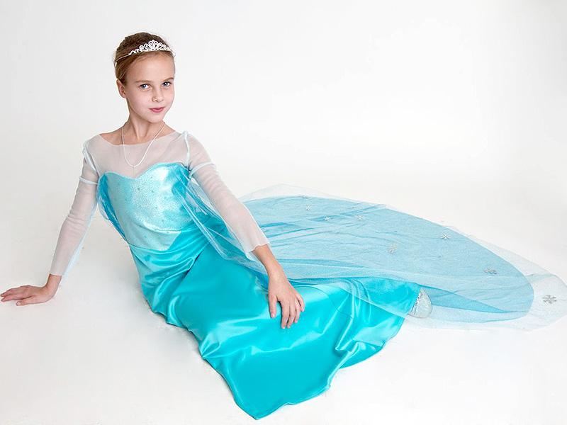 Детское пышное платье с шлейфом