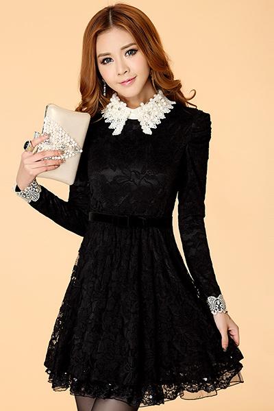 Платья черные с белым воротником