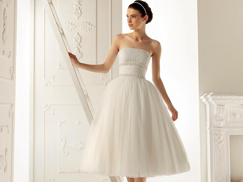 Платье для невысоких девушек на свадьбу