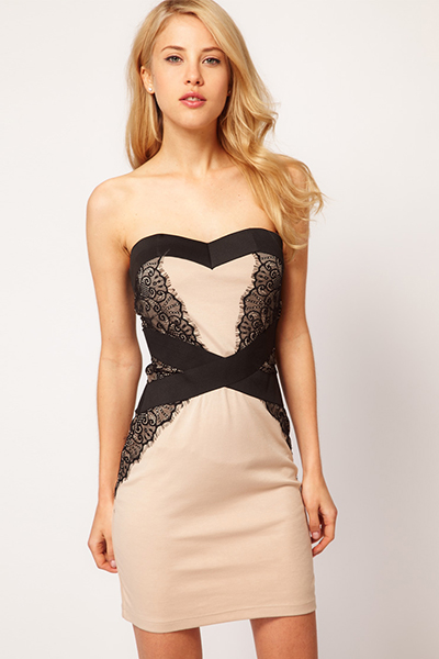 черное платье с бежевыми кружевами фото