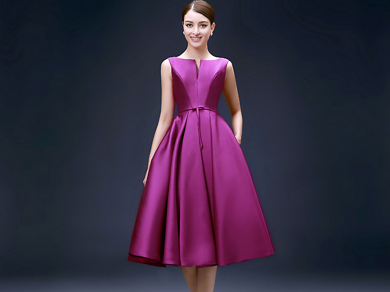 Вечернее платье из атласа фото