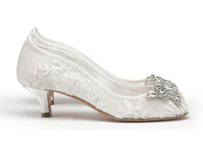 Свадебные туфли на низком каблуке фото