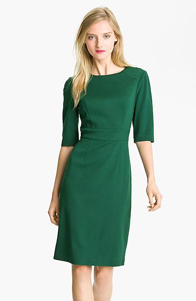 Красное платье со шлейфом: почувствуй себя королевой 670