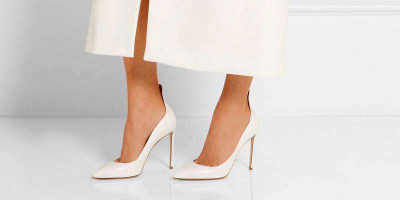 Классические белые туфли на высоком каблуке b17152c8237