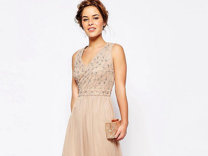 Платье с бежевыми паетками