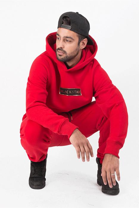 29f6b4b5adc Красный мужской спортивный костюм (40 фото): Armani, Puma, Reebok ...