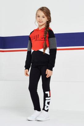 2a0d6254 Детские костюмы от Fila. В коллекциях бренда представлены всевозможные  модели для детей. Они имеют стильный дизайн и высокое качество.
