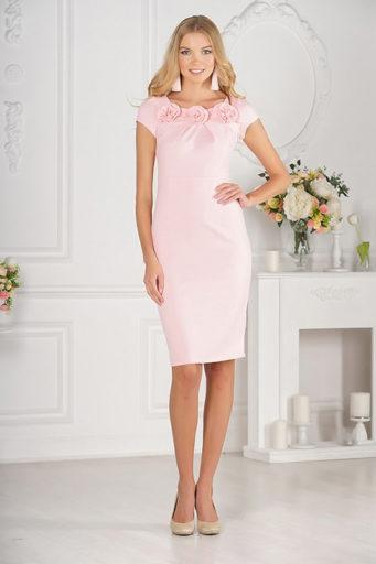 5bb88cc2fa3 В последние годы огромной популярностью пользуются платья в бельевом стиле.  Этот тренд также можно использовать для создания образа Family Look.