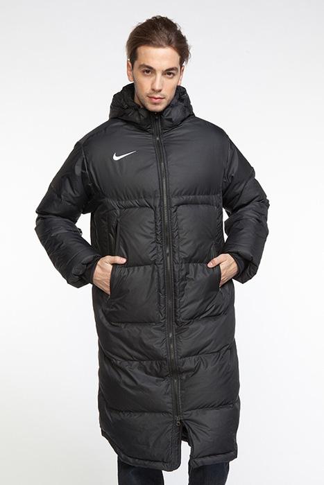 55d17d77 Куртки для зимы полностью отвечают миссии компании – просто делай это.  Одежда призвана нацелить на результат, улучшить продуктивность в спорте и в  жизни, ...