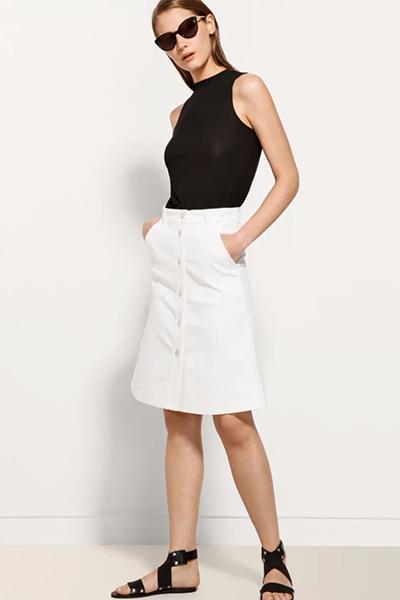 555df2e43db8 Белая джинсовая юбка – модель, покоряющая сердца | Мода от Кутюр.Ru
