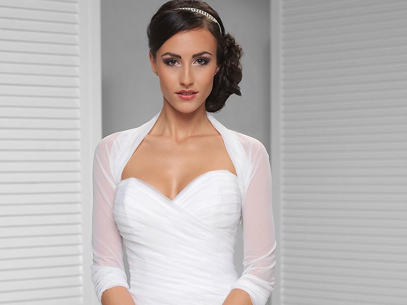 c980879ca836b5a Болеро для венчания – очень красивый и нежный предмет одежды, который  позволяет скорректировать особенности фигуры и завершить свадебный образ.
