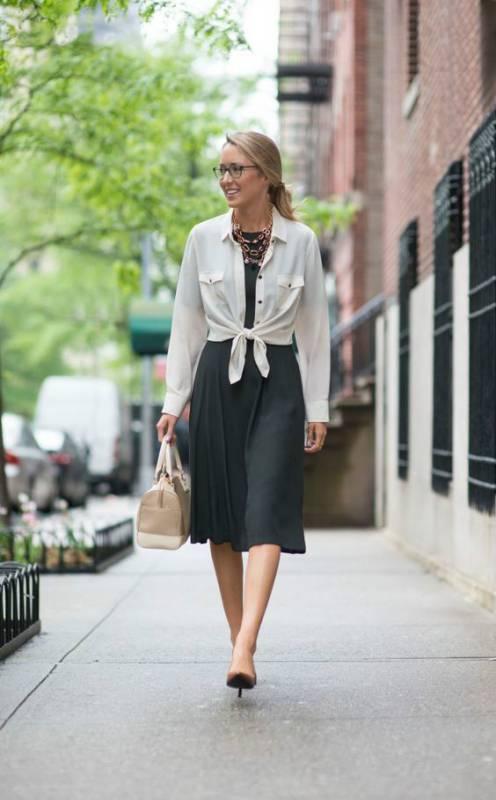 Как правильно носить рубашку под платье. Самые лучшие образы сезона   Мода  от Кутюр.Ru