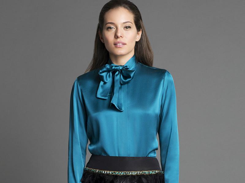 854a2d6329b Поэтому блузка с бантом должна быть в гардеробе каждой девушки