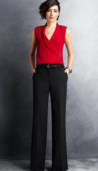 422014c7e45 Необычно смотрится красная блуза с юбкой в белый горошек