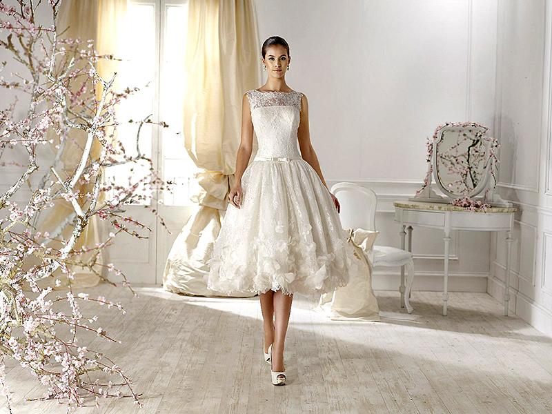 Как правильно выбрать фату к свадебному платью? | Свадебный салон ... | 600x800