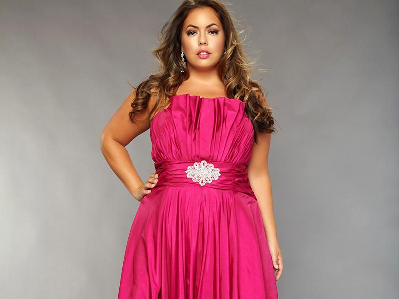 b711b88cf6bed8a Особое место в женском гардеробе занимают вечерние платья для полных  женщин. Их не так просто подобрать, вам следует знать о нюансах выбора  этого предмета ...