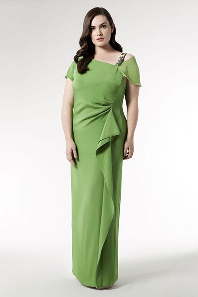 b2e5fb5f8b5 Вечерние платья для полных женщин  подчеркнут вашу стать
