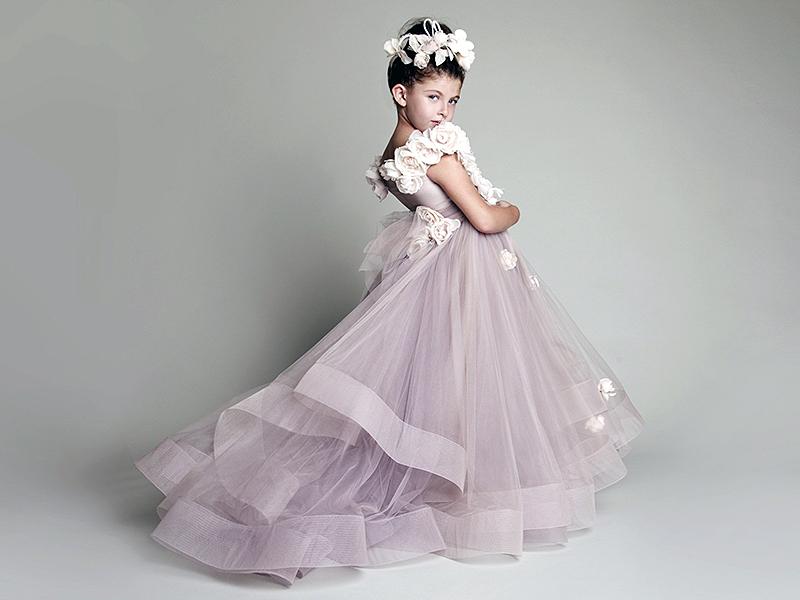 bda290345b5c849 Нарядное платье для девочек из фатина: советы по выбору и шитью ...
