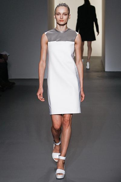 d573303b7217c Советуем вам брать пример с девушек 60-х, и подчеркивать свою нежность,  женственность и изящность. Широкий выбор нарядов позволит подобрать платье  под любую ...