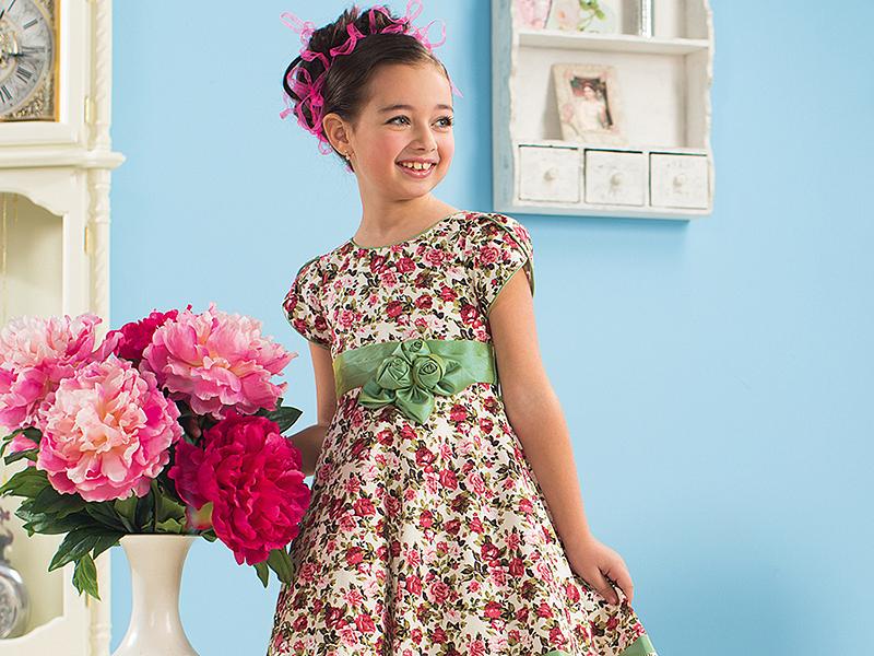 a1836b777d1 Платье на выпускной в детский сад  выбираем наряд для принцессы ...