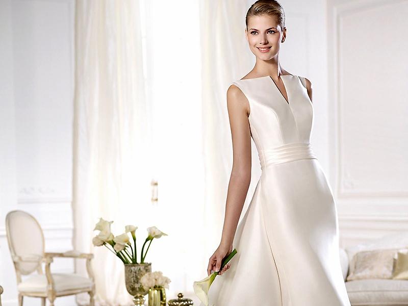 7f111333348b178 Однако, столкнувшись с необходимостью сделать реальный выбор, невесты  нередко испытывают затруднения, так как ассортимент моделей, предлагаемый  свадебными ...