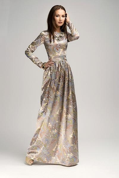 5b2c287c0e2 Модели без рукавов или на бретелях дополняют жакетами или болеро. Для  вечернего платья можно подобрать красивый палантин или меховую горжетку.